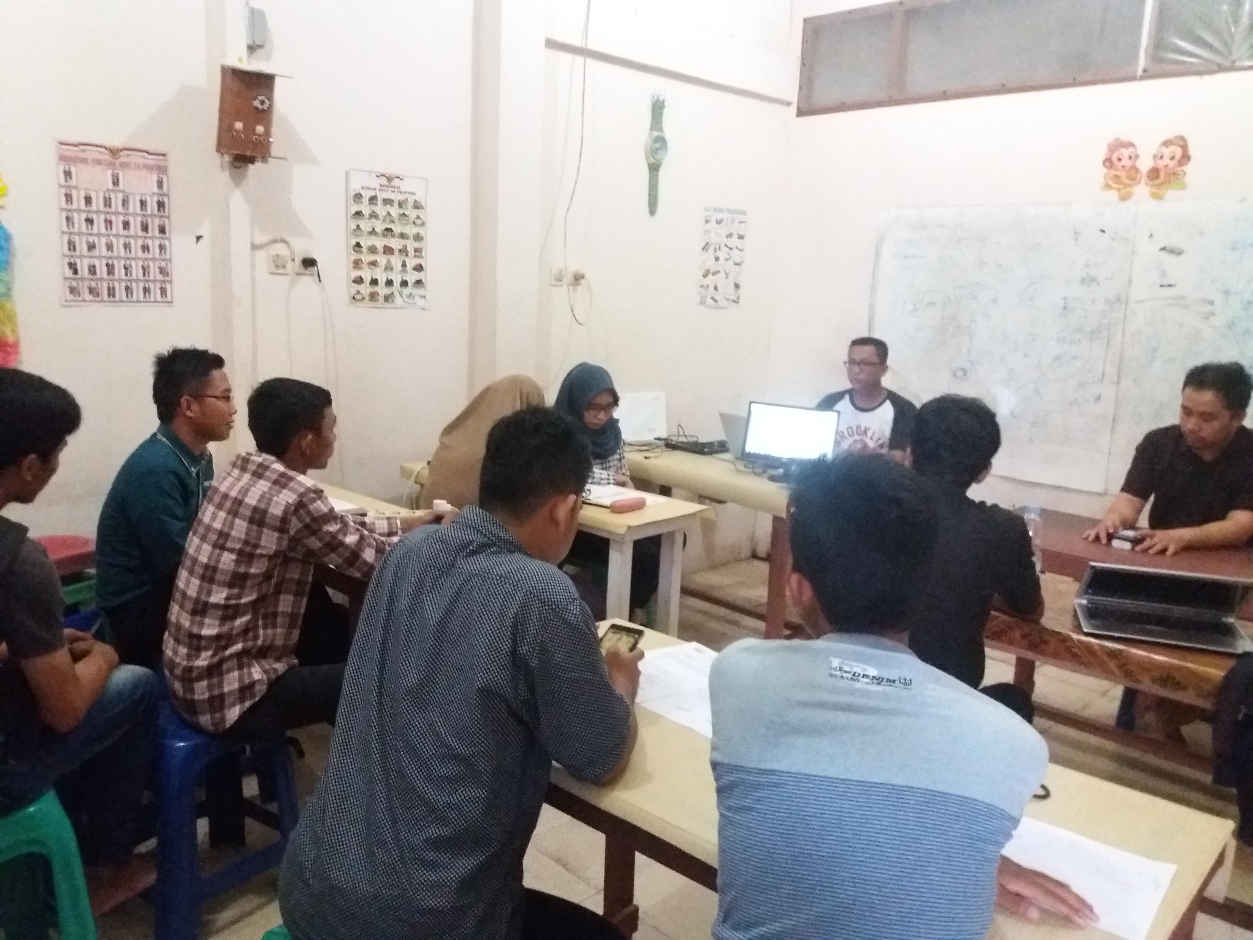 Dokumentasi Rapat Terakhir Sebelum Pelaksanaan Pelatihan Website1