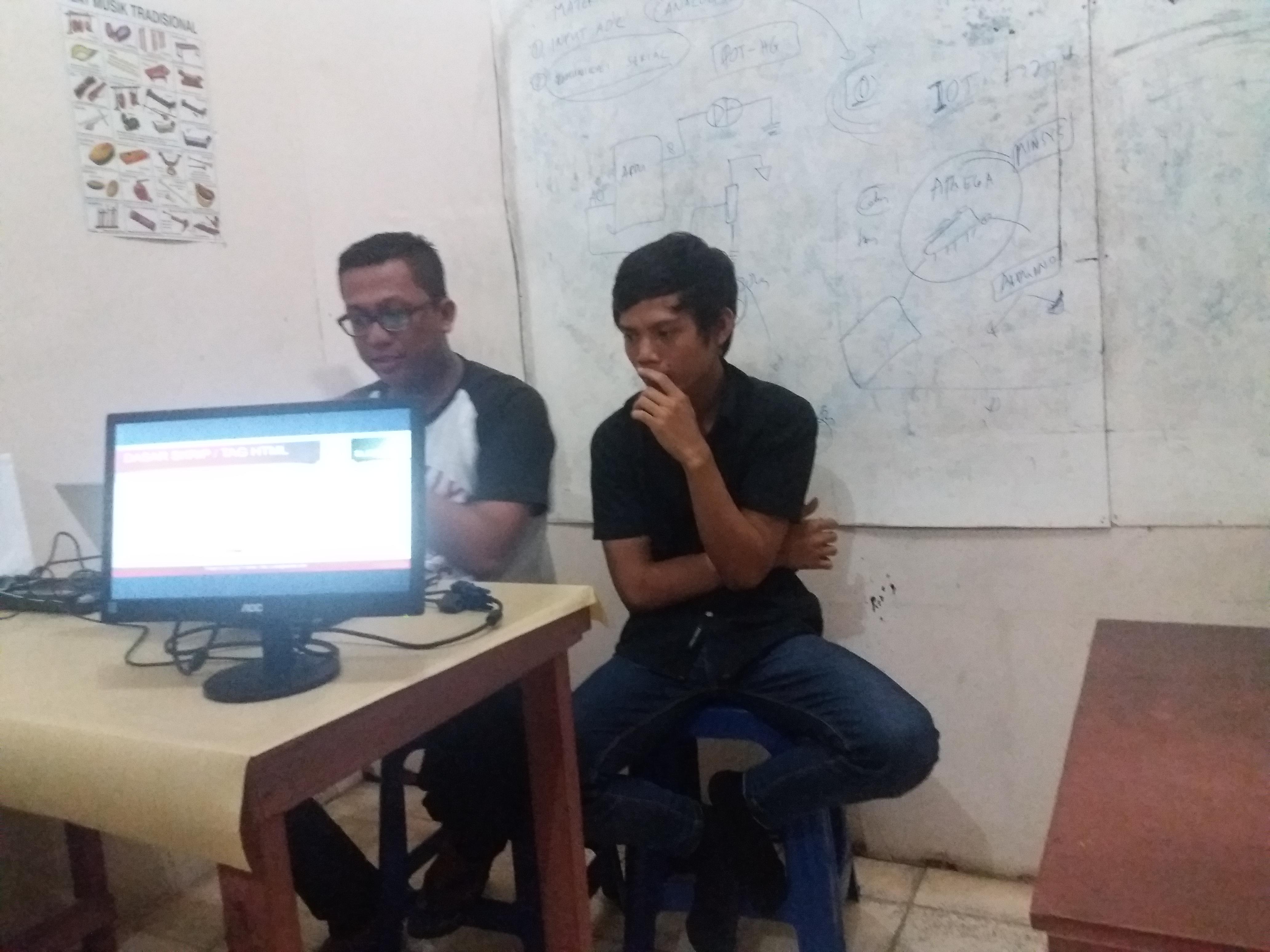 Dokumentasi Rapat Terakhir Sebelum Pelaksanaan Pelatihan Website3